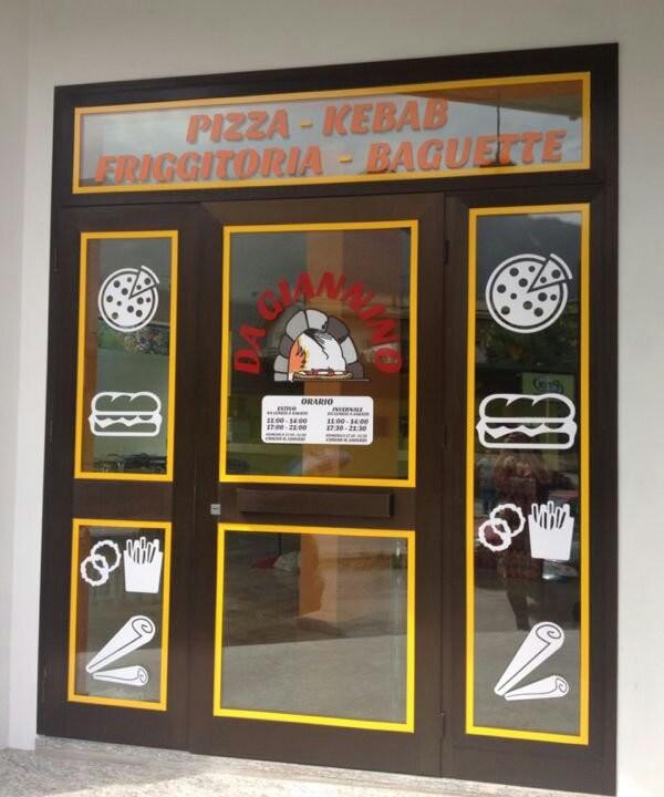 Vetrofanie pizzeria da Giannino a Villa santina